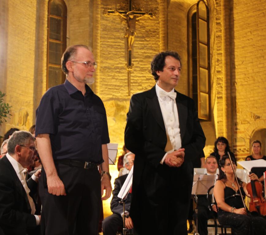 Maurizio petrolo direttore d 39 orchestra foto for Insieme del programma della casa